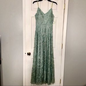 green lace sleeveless gown